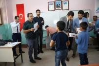 SOSYAL BELEDİYECİLİK - Eyyübiye'de Öğrencilere Ayakkabı Dağıtıldı