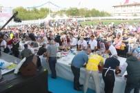 MEHMET TURGUT - Festivalde Ödüllü Çiğköfte Yarışması