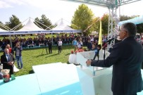 KAYAK MERKEZİ - Gilaburu Ve Ceviz Festivaline Büyük İlgi Gösterildi