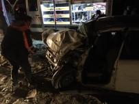 KARAKALE - Muş'ta Trafik Kazası Açıklaması 2 Ölü, 4 Yaralı