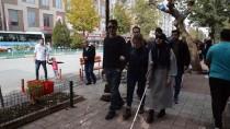 EĞİTİM FAKÜLTESİ - Öğrenciler Gözlerine Bandaj Bağlayıp Empati Yürüyüşü Yaptı
