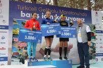 TURKCELL - Türkiye'nin Barış Temalı İlk Ve Tek Maratonu Binlerce Kişinin Katılımıyla Gerçekleştirildi