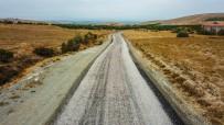 UĞUR POLAT - Bulgurlu, Göller, Karakaş Çiftliği Yolu Asfaltlandı