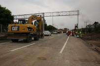 SEDDAR YAVUZ - Cevizdere Köprüsü Trafiğe Açıldı