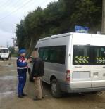 ARAÇ KULLANMAK - Giresun'da Alkollü Öğrenci Servisi Sürücüsü Jandarmaya Yakalandı