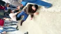 YAŞAR ERYıLMAZ - GÜNCELLEME - Ağrı'da Silahlı Kavga Açıklaması 1 Ölü, 3 Yaralı