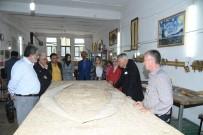 ISPARTA BELEDİYESİ - Isparta Belediyesinin Sanat Merkezi Ve Müzelerine Hayran Kaldılar
