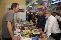 YAVUZ BAHADıROĞLU - Kitap Fuarı'na İki Günde 150 Bin Ziyaretçi