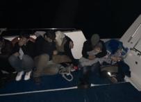 KAÇAK GÖÇMEN - Kuşadası Körfezi Ve Didim'de 76 Kaçak Göçmen Yakalandı