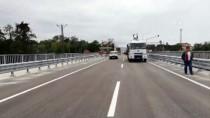 SAHİL YOLU - Ordu'da Selin Yıktığı Cevizdere Köprüsü Ulaşıma Açıldı