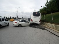 SABİHA GÖKÇEN HAVALİMANI - Otobüse Çarpan Sürücü Ağır Yaralandı
