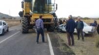 HITIT ÜNIVERSITESI - Otomobil Biçerdöver İle Çarpıştı Açıklaması 2 Yaralı