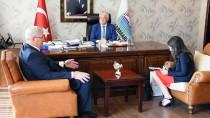 GÜNEŞLI - Ukrayna'nın Ankara Büyükelçisi Sybiha Marmaris'te