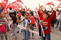 UÇURTMA ŞENLİĞİ - 450 Minik Çocuk, Uçurtma Şenliği'nde Buluştu