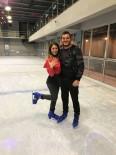 BUZ PATENİ - Antalya'da Buz Üstünde Evlilik Teklifi