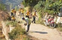 HATIRA FOTOĞRAFI - Aydın Büyükşehir Çobanlar Mahallesinde Çevre Temizliği Yaptı