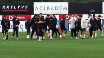 OĞUZHAN ÖZYAKUP - Beşiktaş, Göztepe Hazırlıklarını Sürdürdü