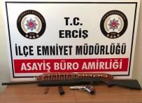 SİLAHLI KAVGA - Erciş'te Silahlı Kavga Açıklaması 8 Gözaltı