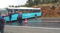 BELEDIYE OTOBÜSÜ - Feci Kaza Açıklaması 20 Yaralı