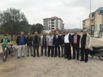 KORUCUK - Kamyonların Yollarını Bozduğu Vatandaşlar, Yol Kapattı
