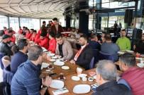 SON SÖZ - Meterisliler Taraftarlar Grubu Nevşehir Belediyesporlu Futbolcularla Kahvaltıda Bir Araya Geldi