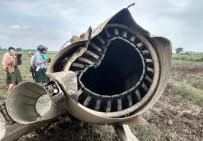 MYANMAR - Myanmar'da Askeri Uçaklar Çarpıştı Açıklaması 3 Ölü