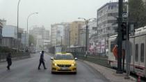 VİRANŞEHİR - Toz Bulutu Gaziantep Ve Şanlıurfa'da Yaşamı Olumsuz Etkiliyor