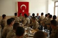 Vali Ali Hamza Pehlivan, Askerlerle Yemekte Bir Araya Geldi