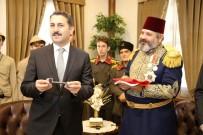 TÜRK BAYRAĞI - Gazi Osman Paşa Müzesinin Anahtarı Paşa'yı Canlandıran Aktöre Teslim Edildi