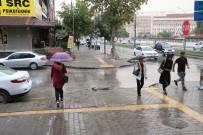 YAĞAN - Gaziantep'te Sağanak Yağışlar Nefes Aldırdı