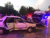 ŞEHİR İÇİ - Otomobil Dolmuşla Kafa Kafaya Çarpıştı Açıklaması 7 Yaralı