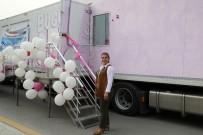 KOLON KANSERİ - 'Pembe Prenses' Sağlık Bakanlığı Önünde