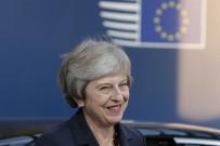 THERESA MAY - Theresa May Brexit'te Israrlı