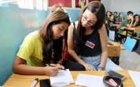 YABANCI ÖĞRENCİLER - Türk Ve Yabancı Öğrencilerin Elektronik Arkadaşlığı