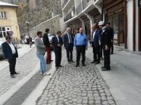 İSMAIL USTAOĞLU - Vali Ustaoğlu Altyapı Çalışmalarını Yerinde İnceledi