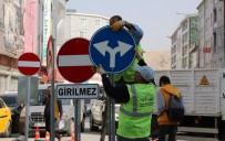 GÜZERGAH - Van Büyükşehir'den Trafik Levhaları Çalışması
