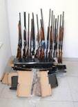 HAVAİ FİŞEK - Antalya'da Ruhsatsız Av Tüfeği Ele Geçirildi