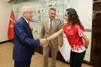 MURAT YILMAZ - Atıcılık Dünya Şampiyonu Tarhan'dan Başkan Yaşar'a Ziyaret