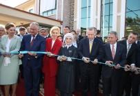 MOLDOVA - Cumhurbaşkanı Erdoğan, Komrat Bölge Hastanesi Aziz Sancar Tanı Ve Tedavi Merkezinin Açılışına Katıldı