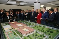 MOLDOVA - Cumhurbaşkanın Eşi Emine Erdoğan, TİKA'nın Açtığı Huzurevini Ziyaret Etti