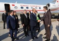 DIŞİŞLERİ BAKANI - Dışişleri Bakanı Çavuşoğlu Arnavutluk'ta