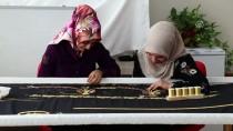 Diyarbakırlı Kadınlar Peygamber Makamları İçin Örtü İşliyor