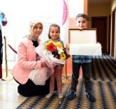 ERZURUM VALISI - Nilgün Azizoğlu, Karayazı'da Çocuklarla Bir Araya Geldi
