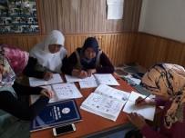 OKUMA YAZMA KURSU - Okuma Yazma Seferberliği Köylere Taşındı
