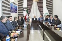 MURAT ZORLUOĞLU - Vali Zorluoğlu, Hoy Belediyesi Şura Üyeleriyle Bir Araya Geldi