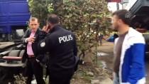 POLİS MEMURU - Aracında Ölü Bulunan Şoförün Yakınına Acı Haberi Veremedi