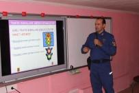 TRAFİK EĞİTİMİ - Çeşme'de Jandarma Trafikten Öğrencilere Ders