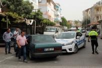 PAZARCI - Dur İhtarına Uymayan Otomobil Polis Aracına Çarptı