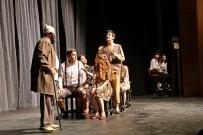 AYDıN KÜLTÜR MERKEZI - Efeler Belediye Tiyatrosu Yeni Sezonu Alkışlarla Açtı