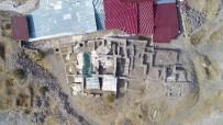 KÜLTÜR VE TURIZM BAKANLıĞı - Harput Kalesinde 20 Bin Obje Gün Yüzüne Çıkartıldı